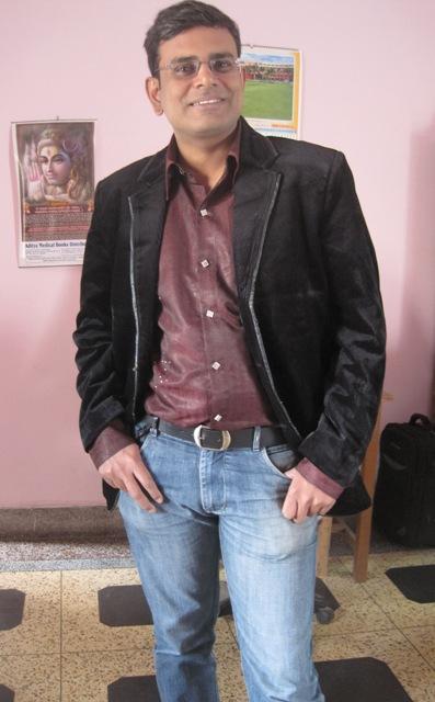 DR VIKRAM SINGH YADAV PROFESSIONAL BLOGGER